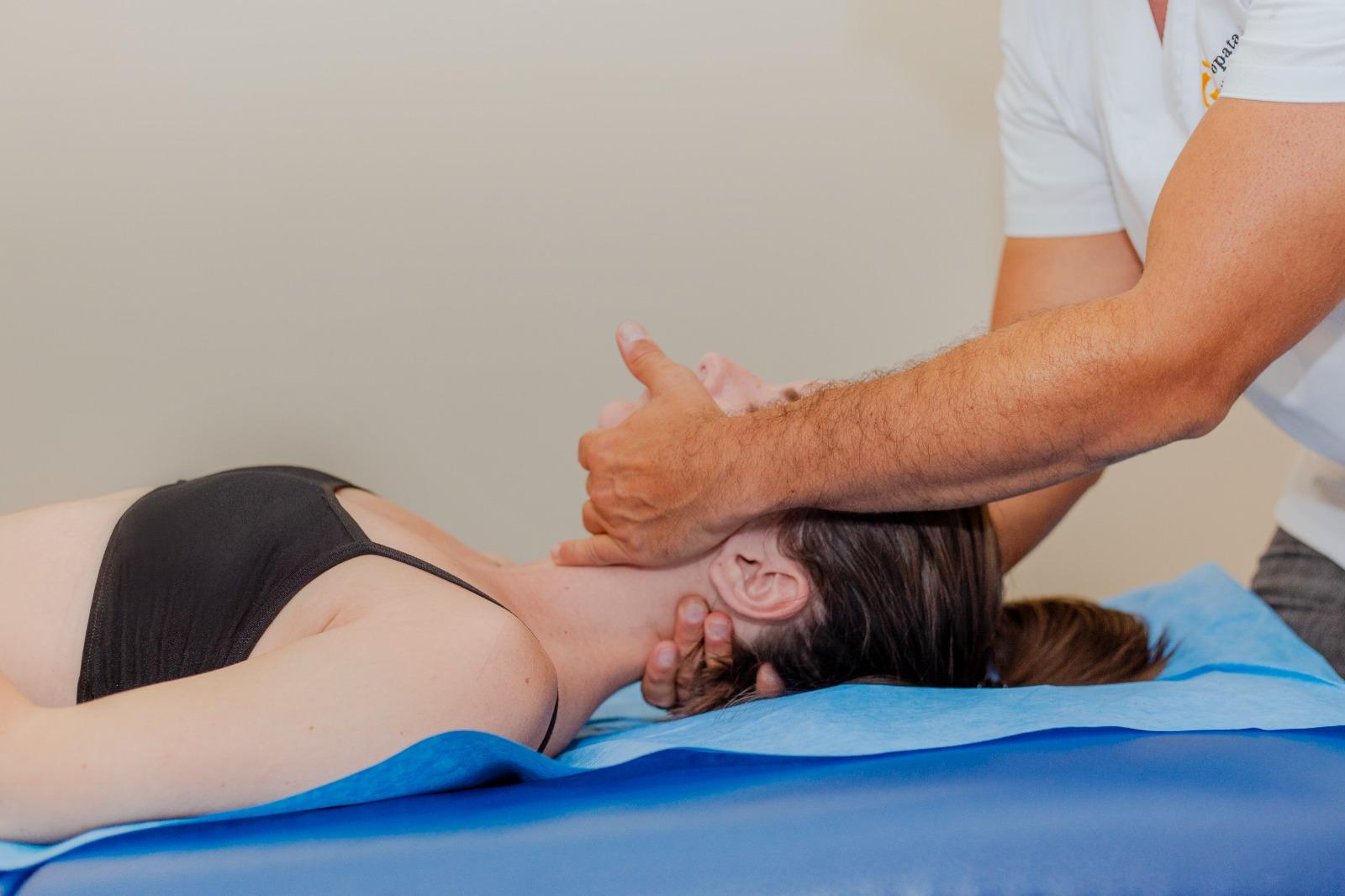 cómo evitar la migraña con osteopatía
